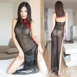 セクシーチャイナドレス
